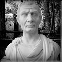 Portrete-sculptate